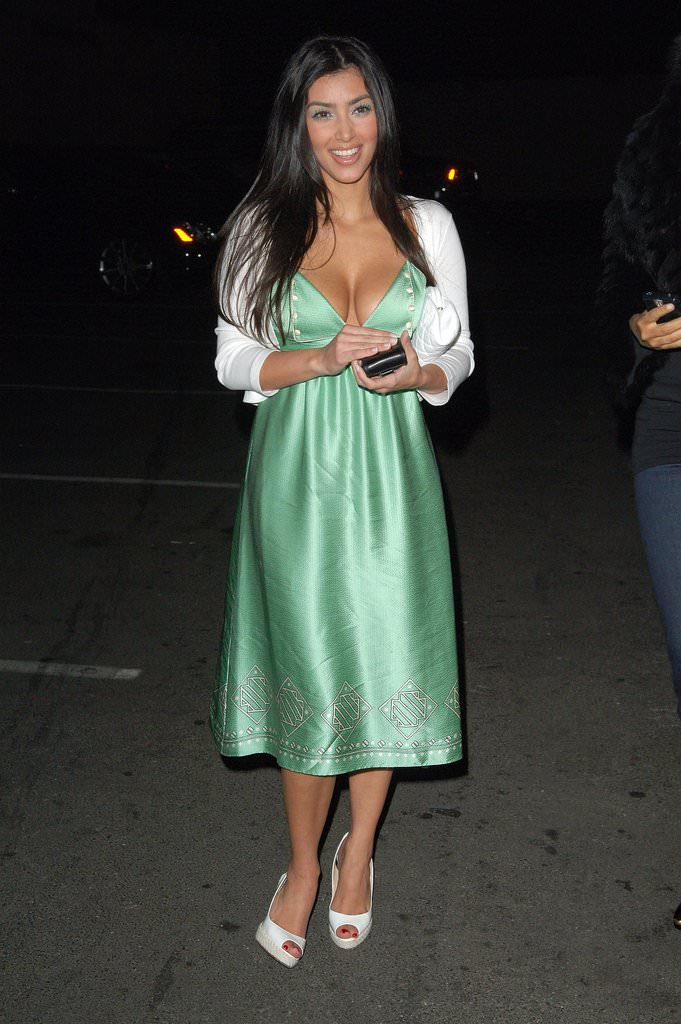 Kim-sported-demure-look-Beverly-Hills-bash-March-2007.jpg