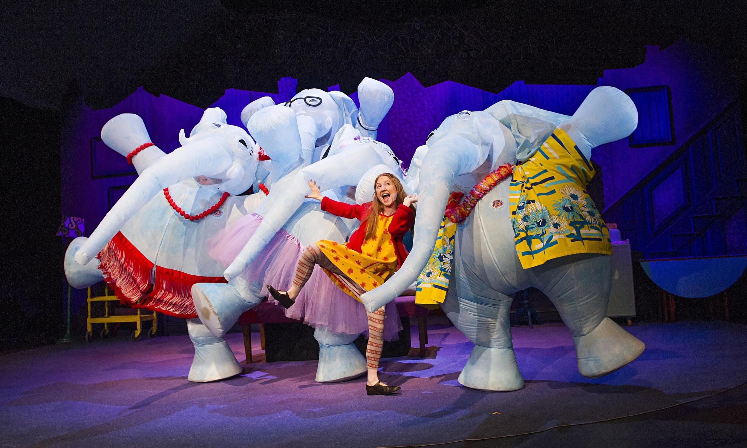 the-elephantom-at-new-london-theatre.jpg