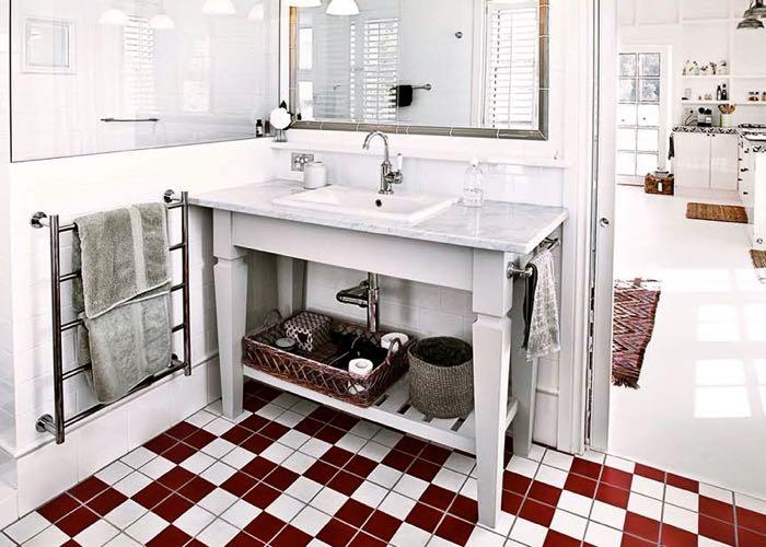 Cottonwood Cottage Bathroom.jpg