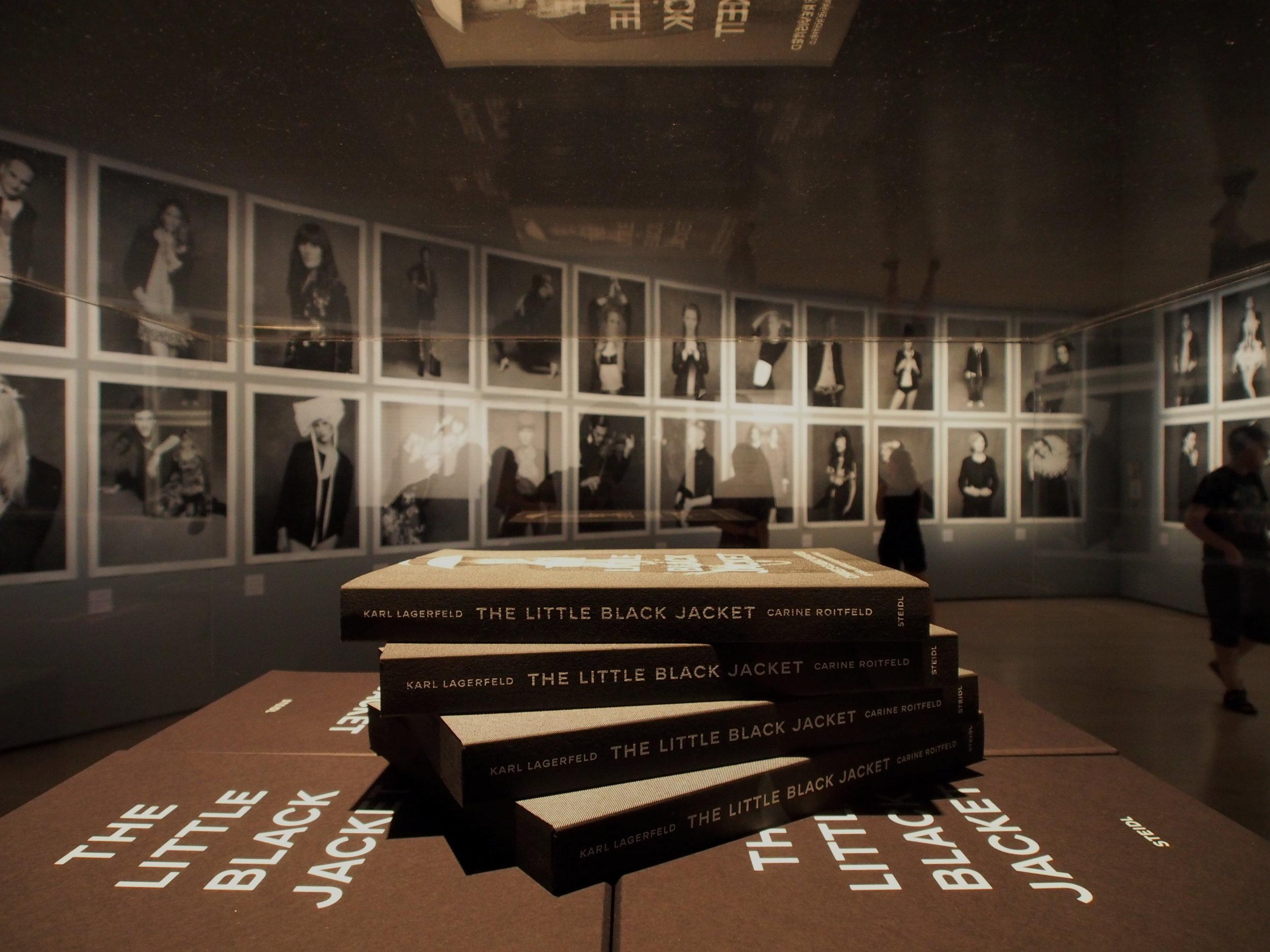 Stalletto Reads   TABLE BOOK MUST HAVES