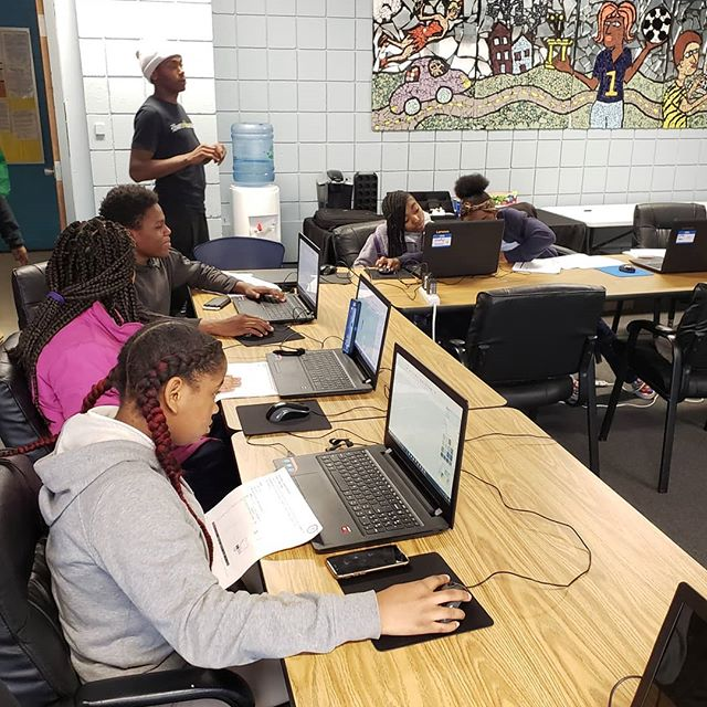 @youthplacesyp Northside and Northview Heights scholars completing their Drafting Dreams self-guided Software Architecture Kits! #DraftingDreams #YouthPlaces #teachk12architecture #Architecture #Education #STEM #STEAM
