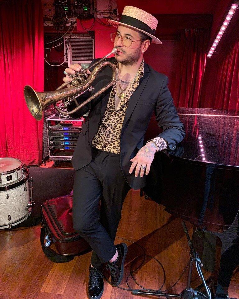 """""""Lo que más disfruto tocar es la música que tengo la oportunidad de crear"""". Foto: Cortesía Chipi Chacón"""