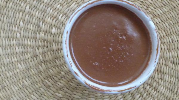 Crème chocolat-caroube à la cardamome