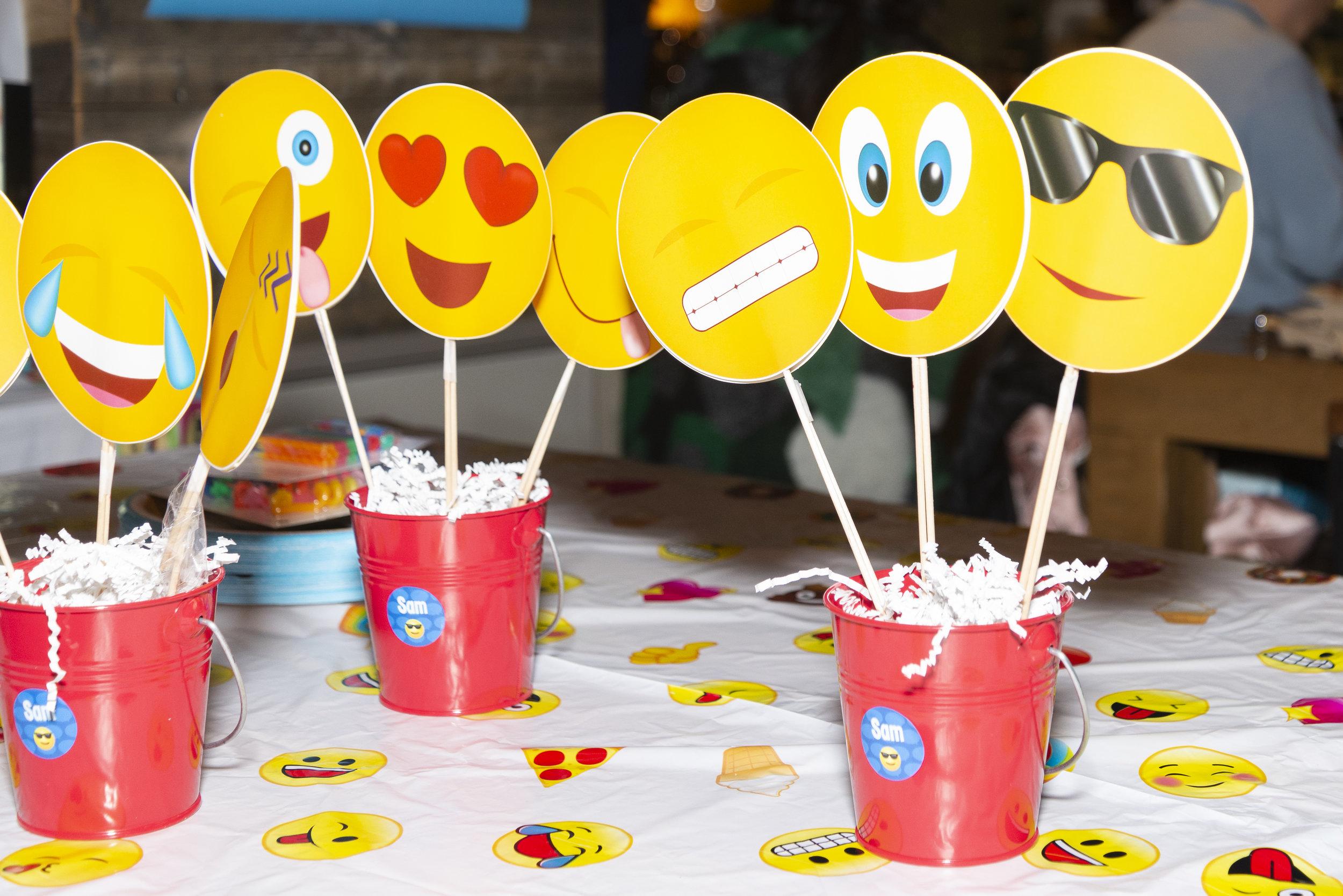 Emoji-themed Pizza Making 4th Birthday Party + Drama — The