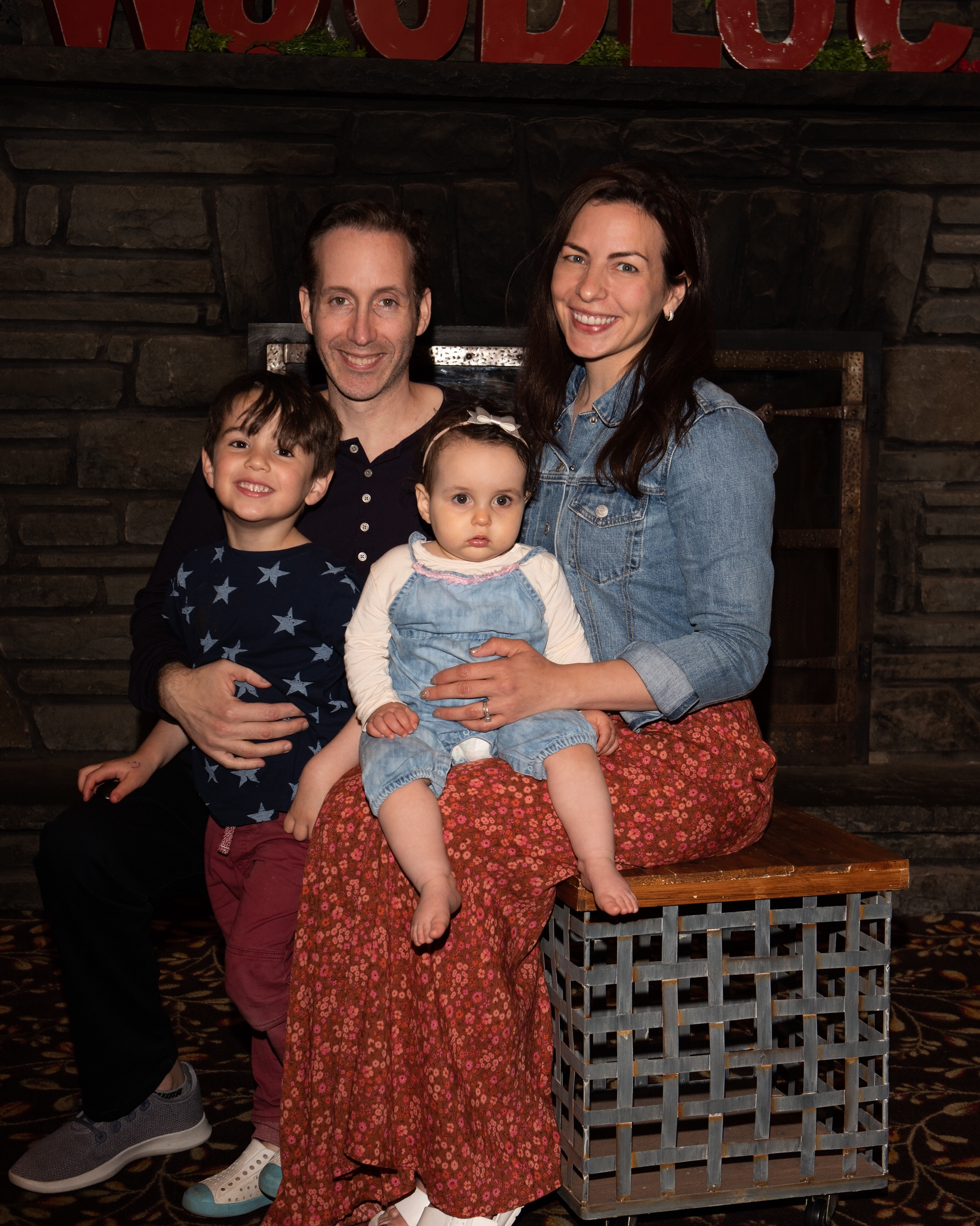 woodloch family theme night