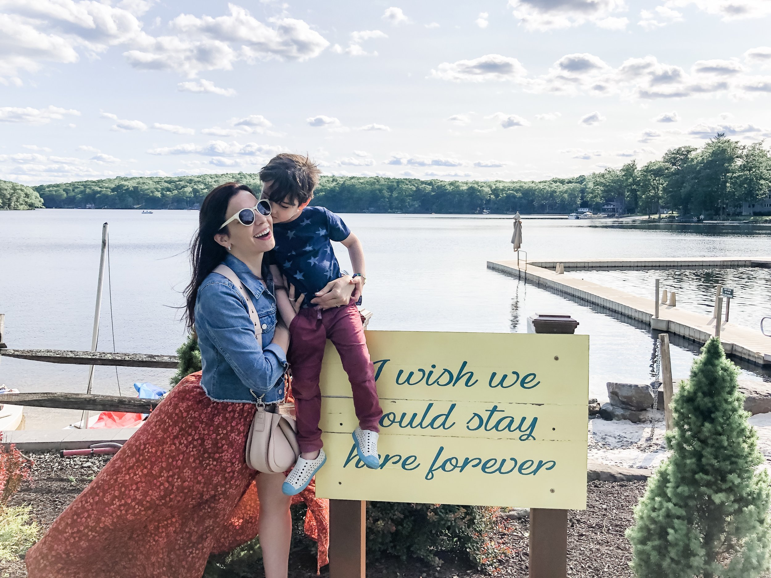 Miriam Cohen Woodloch family  travel  (waterfront 7).jpg