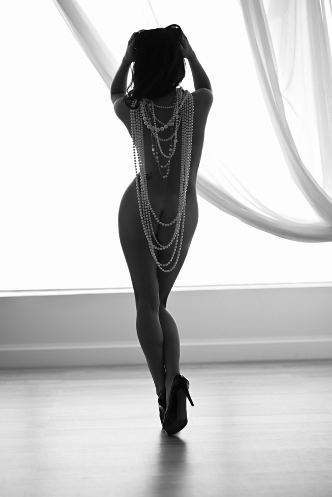 Kim Kardashian did it. So can you! Nude with pearls and heels. A beautiful, tasteful boudoir concept.