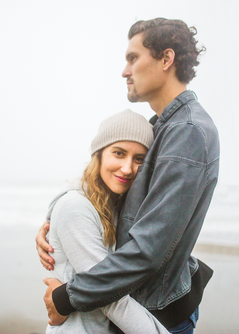 Nate & Debbie snugglin' on Ocean Beach in foggy San Francisco.