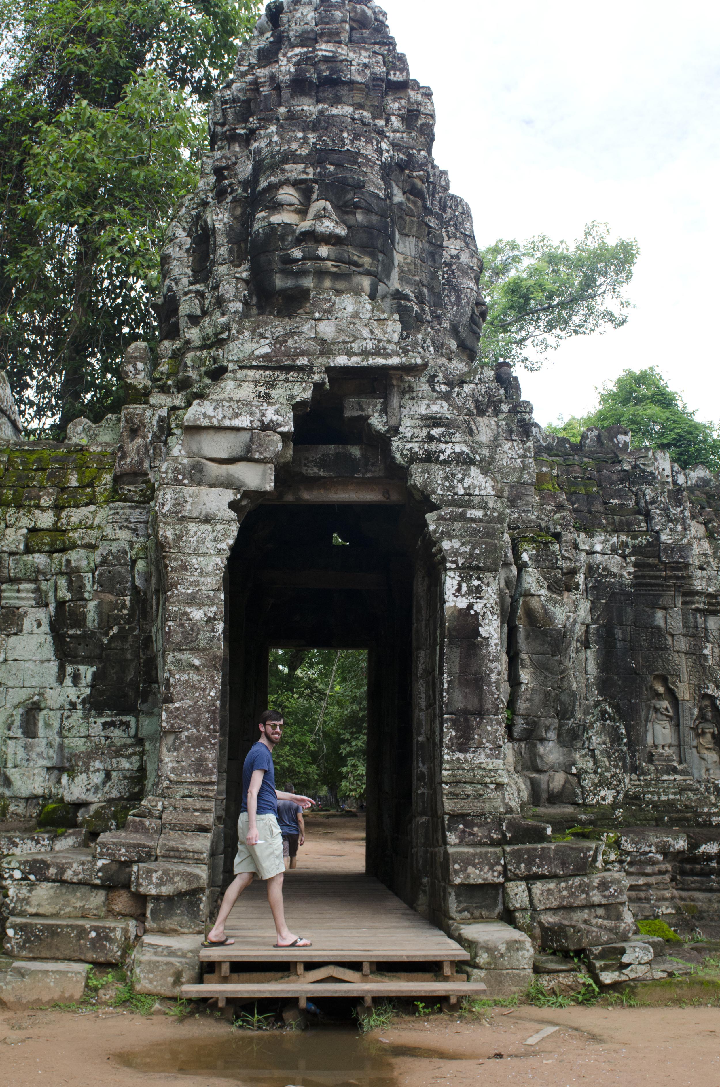Headed into Banteay Kdei