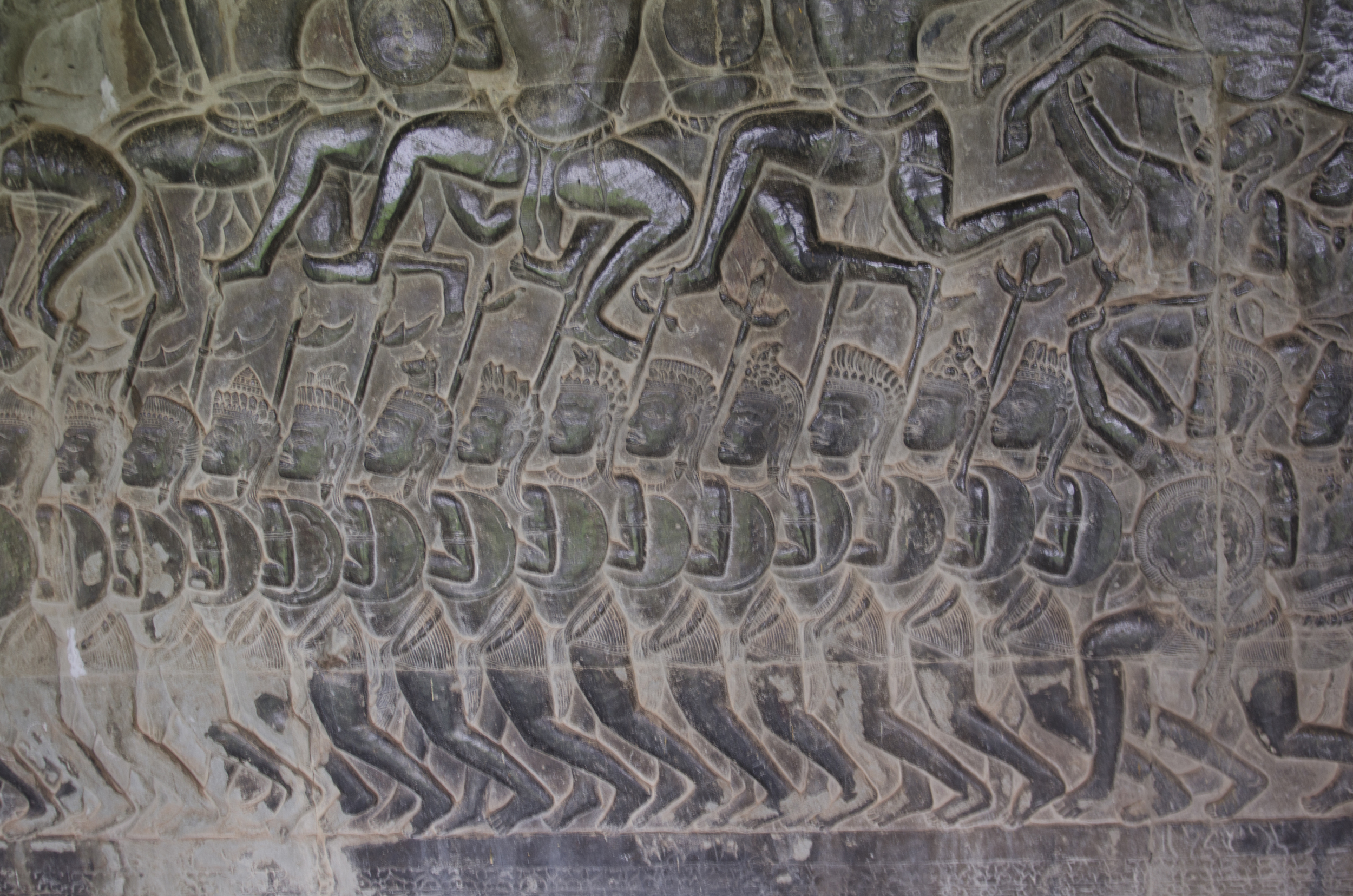 A close up sample of the reliefs carved on the gallery walls