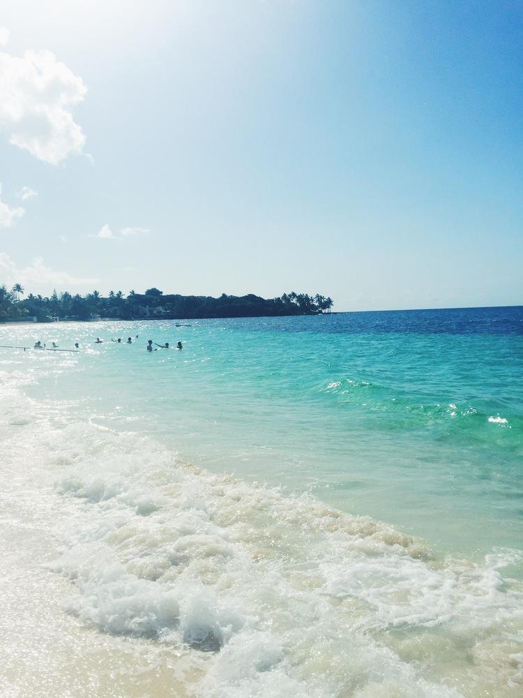 The Far & Near, Travel Guide to The Bahamas by Dulci Edge
