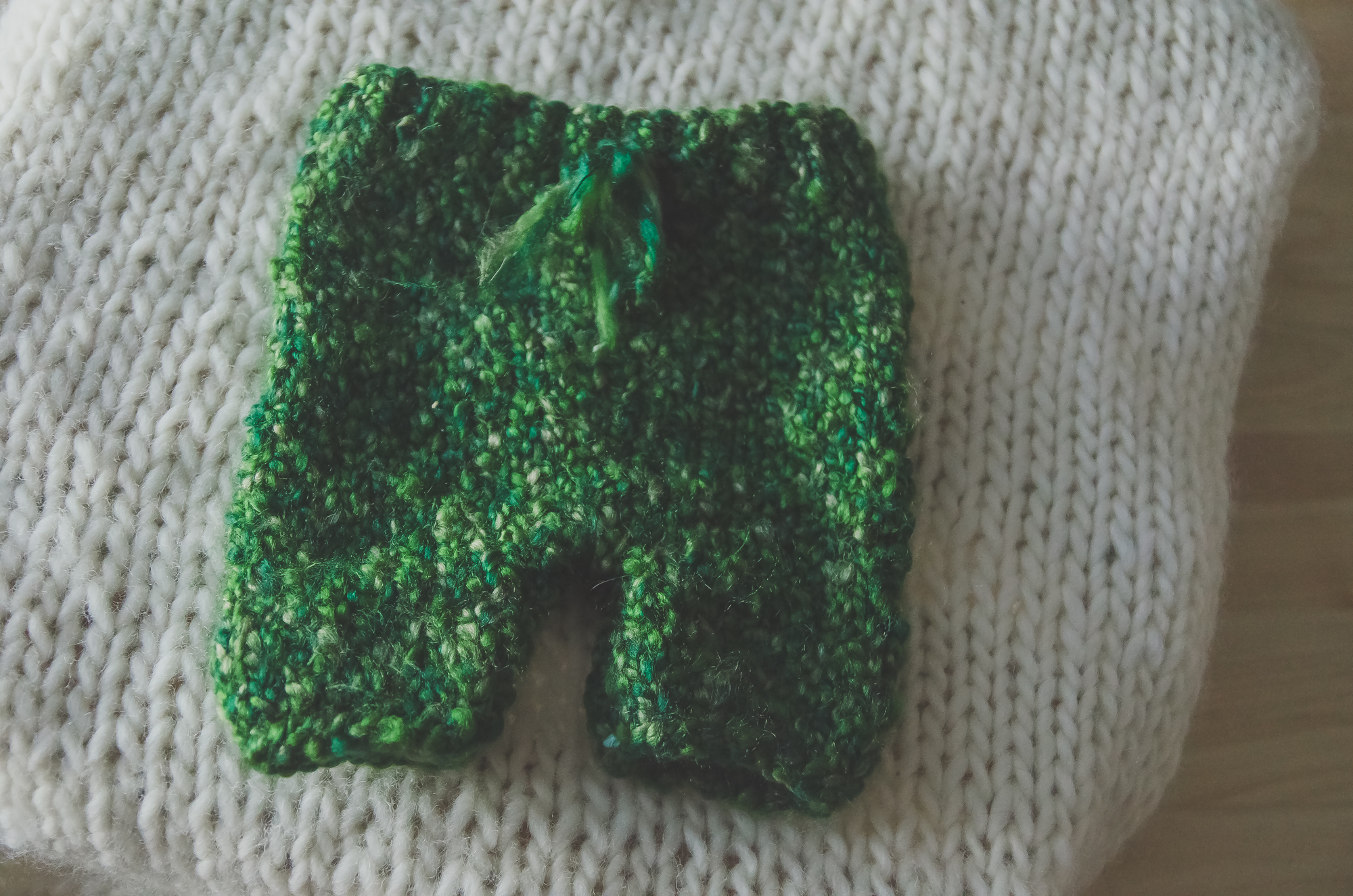 green knit pants, made by Indianapolis newborn photographer