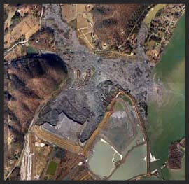 The Kingston, TN slurry pond after the spill (linked from  http://ecophys.fishwild.vt.edu/research/current-research-projects/kingston-coal-ash-spill/ )