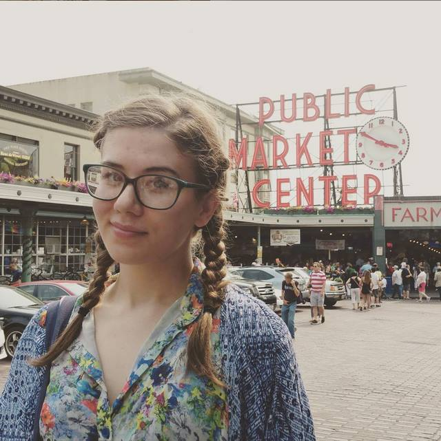 Me being a disgusting tourist in from of Pike Place.