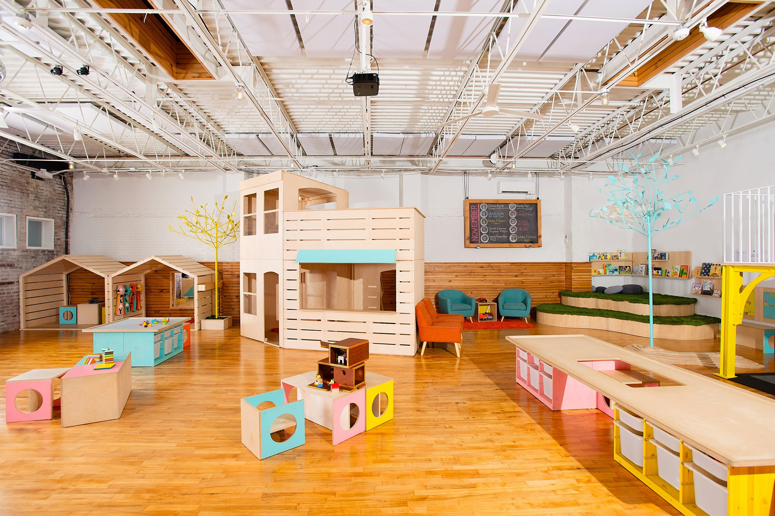 Indoor play - rowhouse