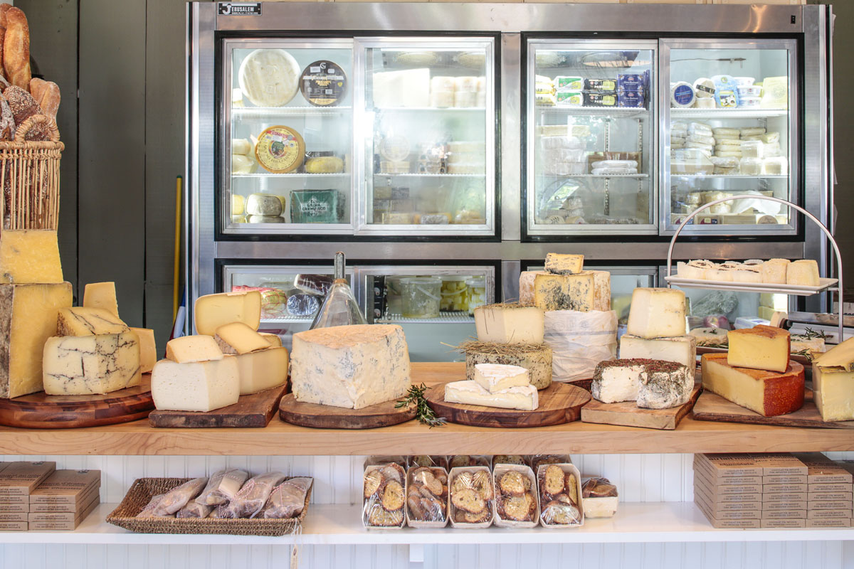 Hamptons_Amagansett_Square_Cavaniolas_Cheese_Shop_18.jpg