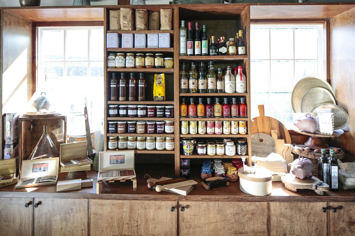 Hamptons_Amagansett_Square_Cavaniolas_Cheese_Shop_21.jpg