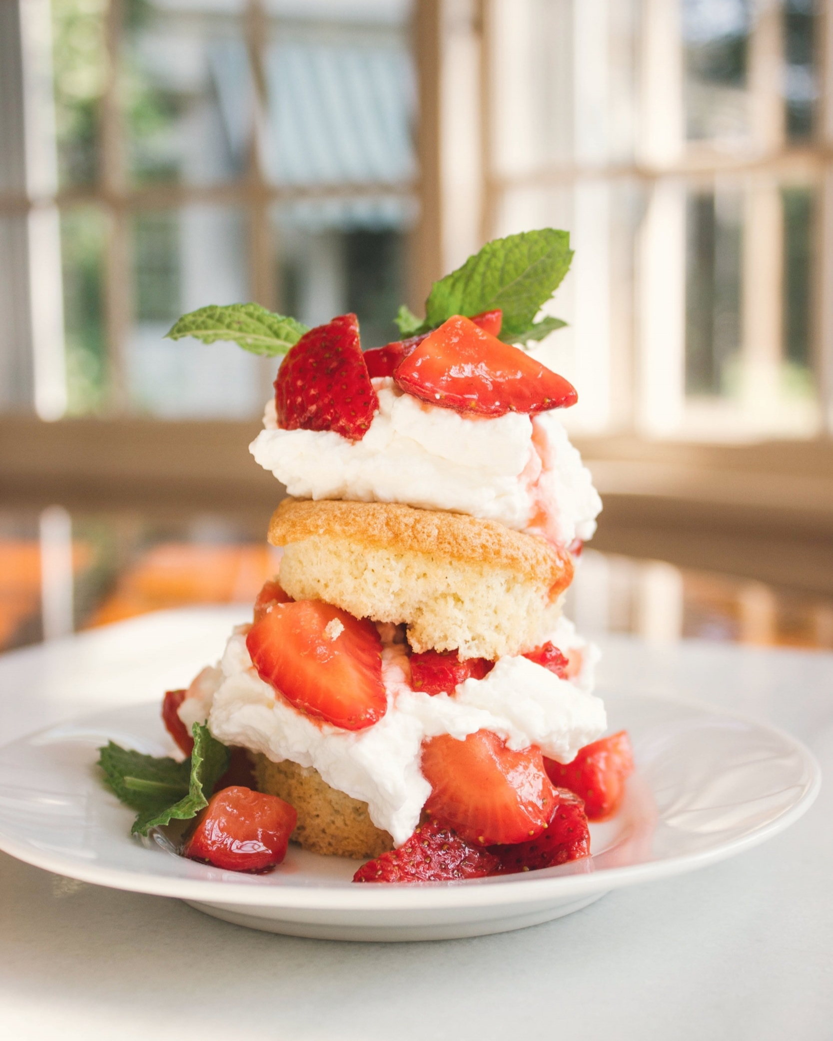 Summer+Strawberry+Shortcake+Sponge+Cake+Mini.jpg