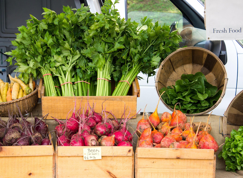 Fresh local produce at the Dorset Farmer's Market - Vermont Fall