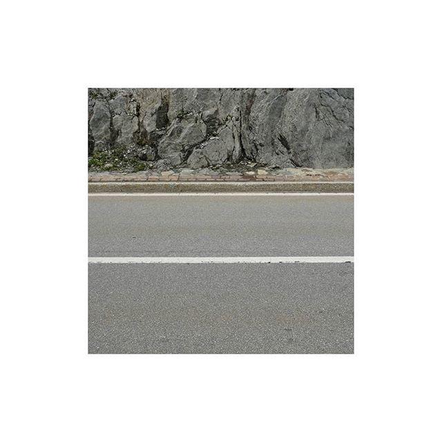 Ya nother minimalist  Image 2of3  #stademagazine  #minimalism #imaginarymagnitude #somewheretravel #waters #minimal_mood #nuagesmagazine #solarcollective #take_magazine #weltraumzine #somewheretravel #palepalmcollection #indies_minimal #summersunselection #gominimalmag ##mnm_gram #raw_minimal #subjectivelyobjektive #archivecollectivemag #ourmomentum #lightzine #great_captures_minimal #lekkerzine #oldtonecollective #fadedaesthetics #pellicolamag #hippomag #forevermagazine #minimal_phototrip 📷: @shifu_36