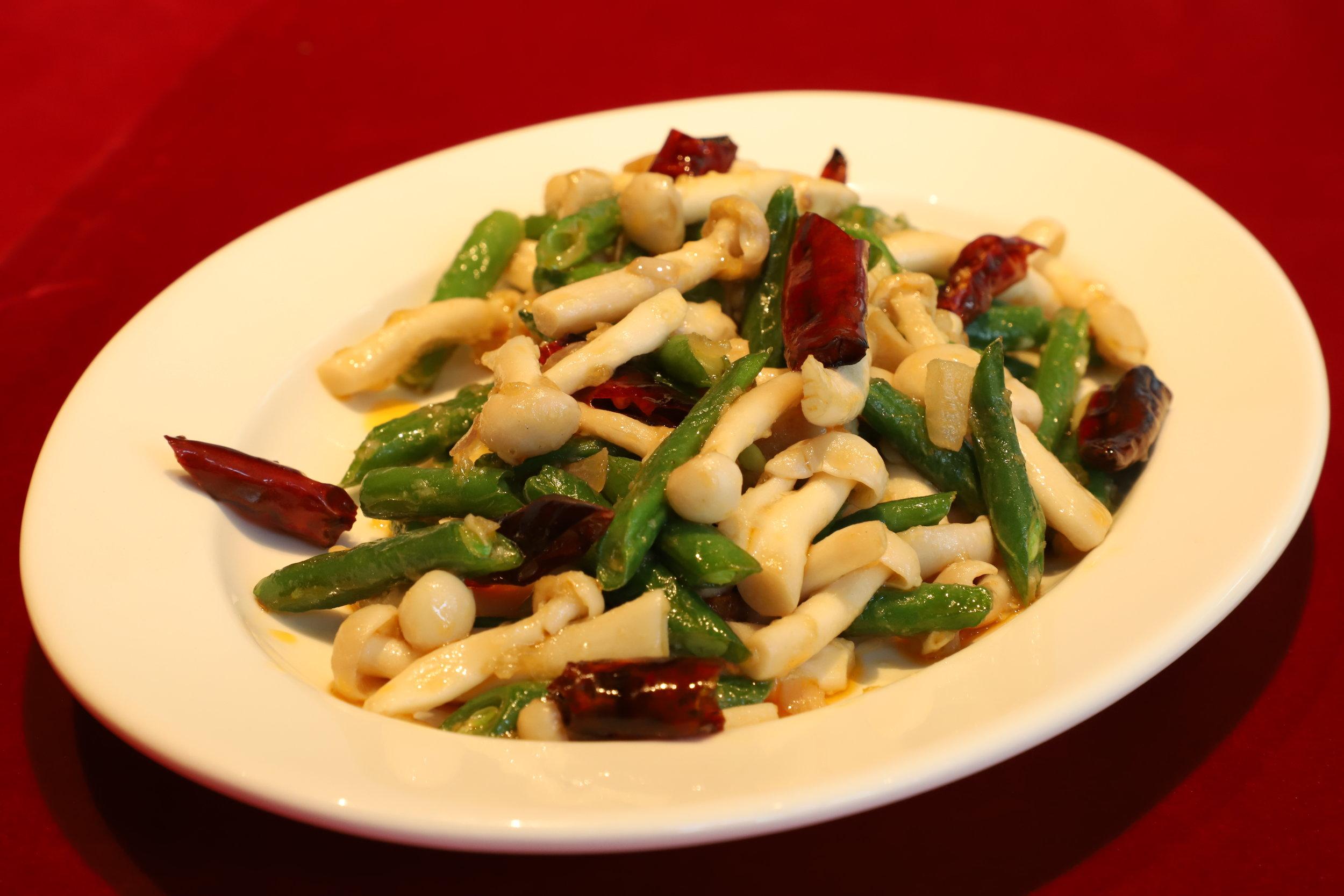 Wok Fried Shimeji Mushrooms, Dry Chilly, Green Beans
