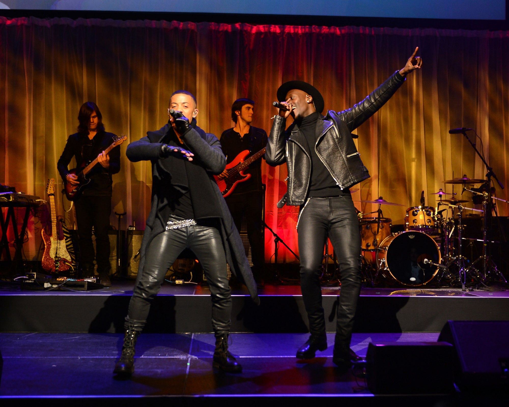 Nico & Vinz perform at the 2014 UNICEF Snowflake Ball ©2014 Stephen Lovekin/Getty Images for UNICEF