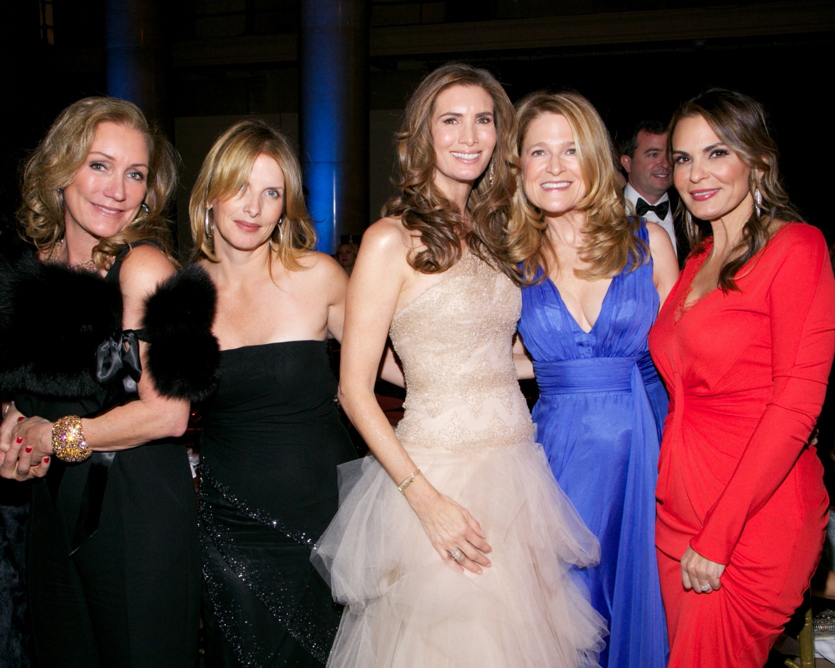 Shelly Litvak, Meryl George, Christine Zilber, Sheila Walker, and Trish Cardozo © 2014 Julie Skarratt Photography Inc./U.S. Fund for UNICEF