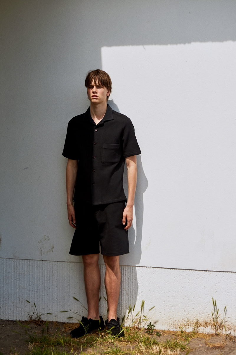 Ashley Marc Hovelle Waffle shirt and shorts Black 0688 final.jpg