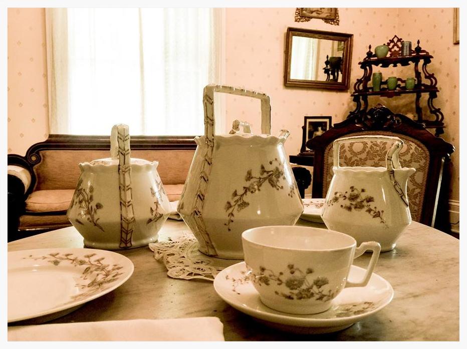 Limoges Tea set, Mabry-Hazen House