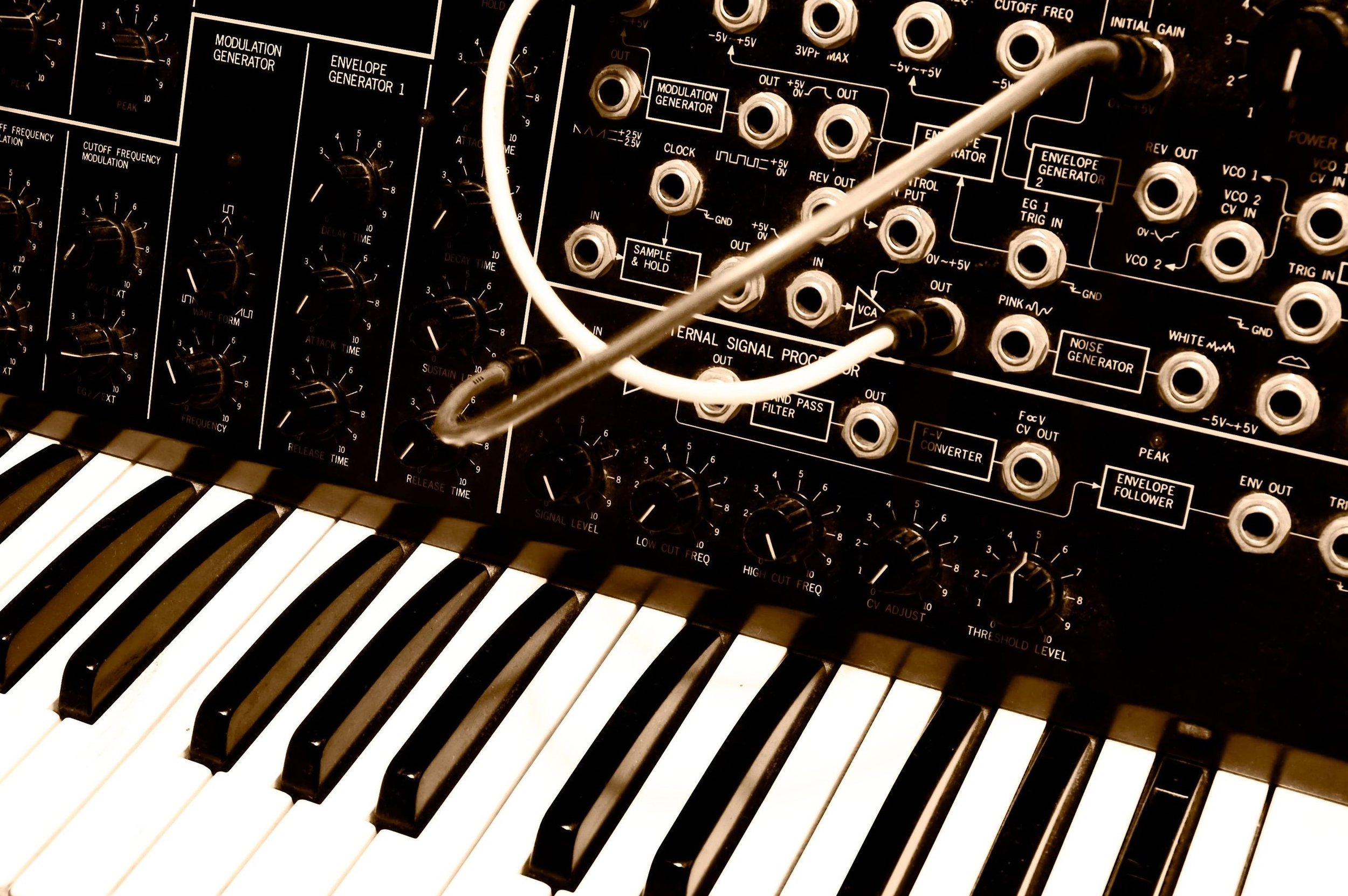 Most synths, like to Korg MS-20 above,use a piano-style keybed as an input mechanism. The Vindor ES1 uses the rising and falling of the player's breath to measure attack, decay, sustain, and release.