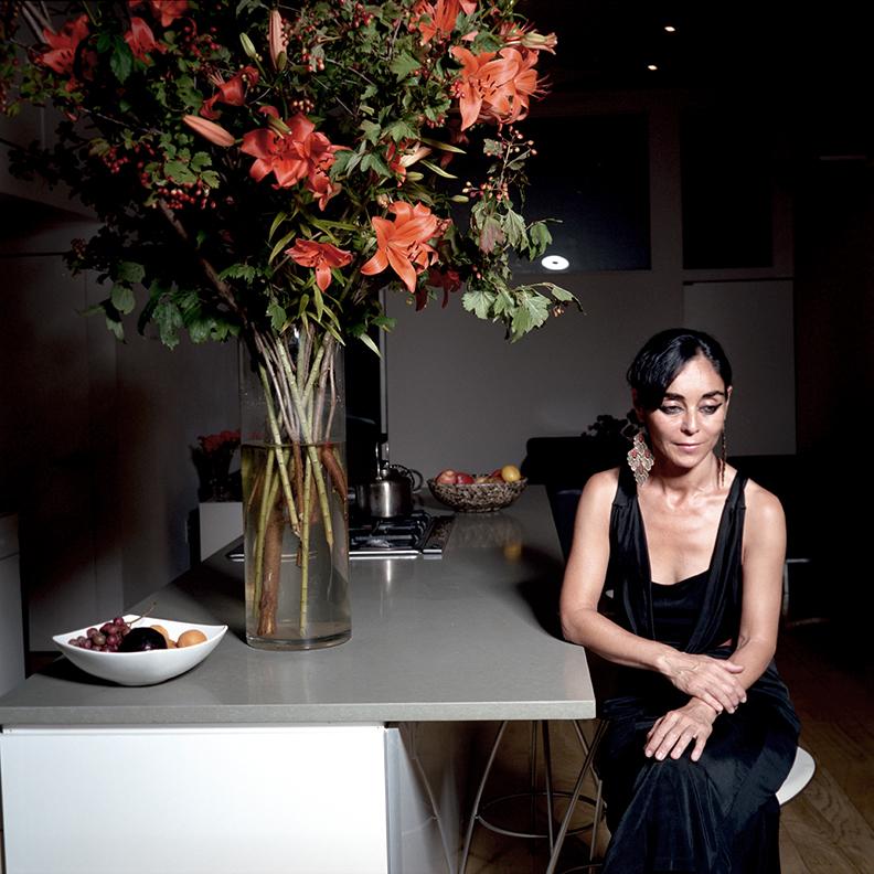 ALEIM MAGAZINE  ISSUE 2  FEATURE EDITORIAL :  ARTIST SHIRIN NESHAT