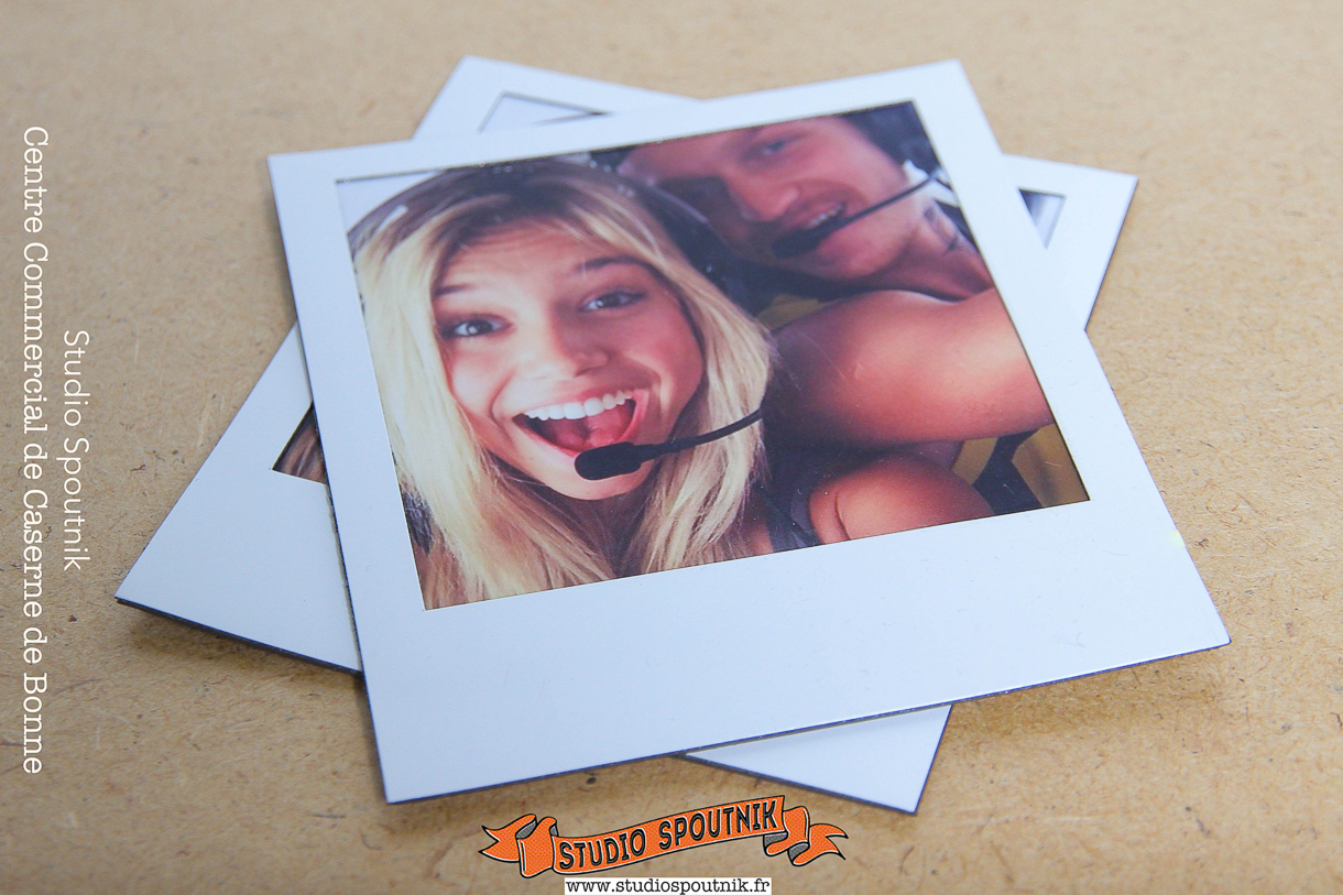 Magnet-polaroid Tirages-Carrés Photos Carré.jpg