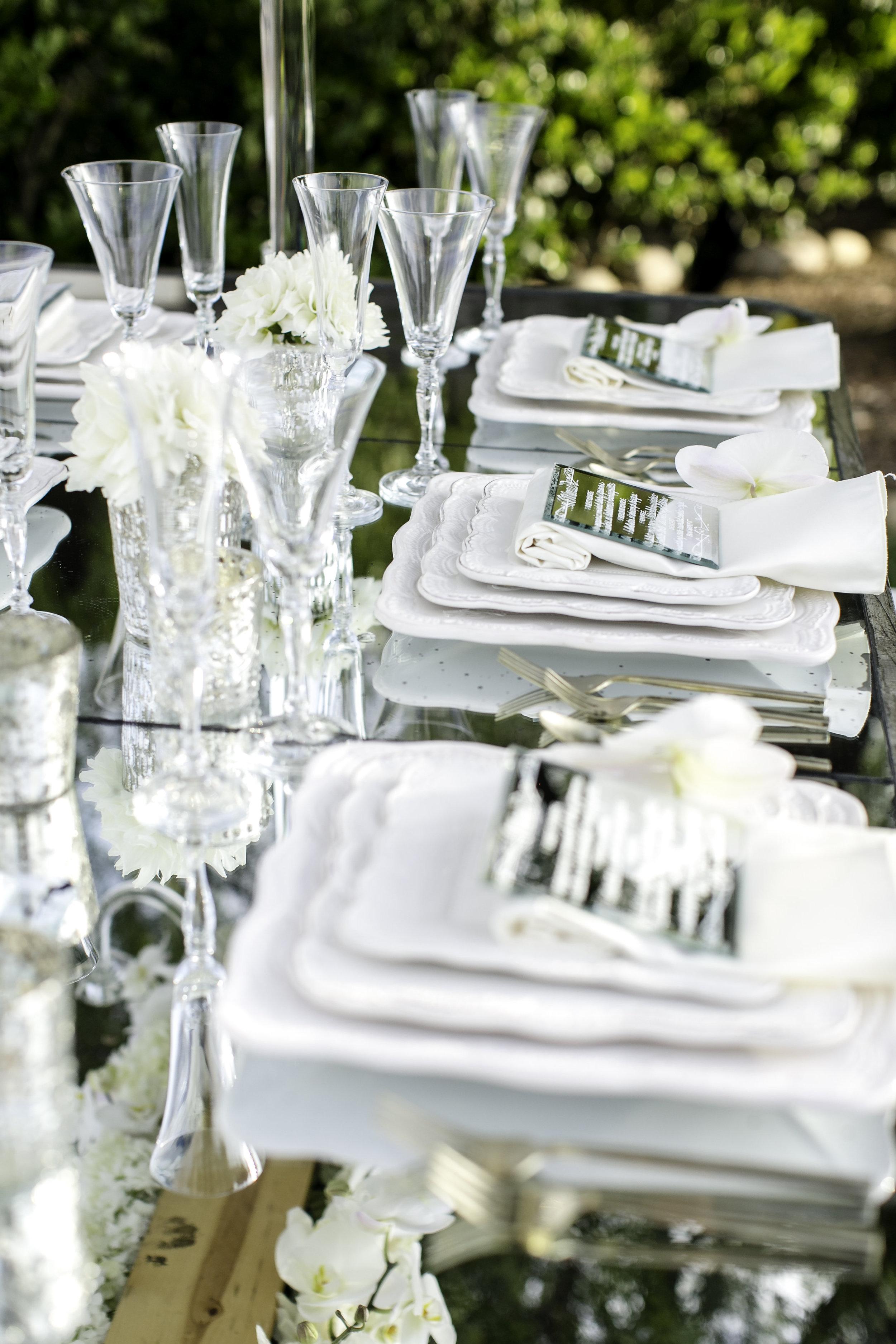 White Tablescape | Michelle Garibay Events | Ponte Vineyard Inn