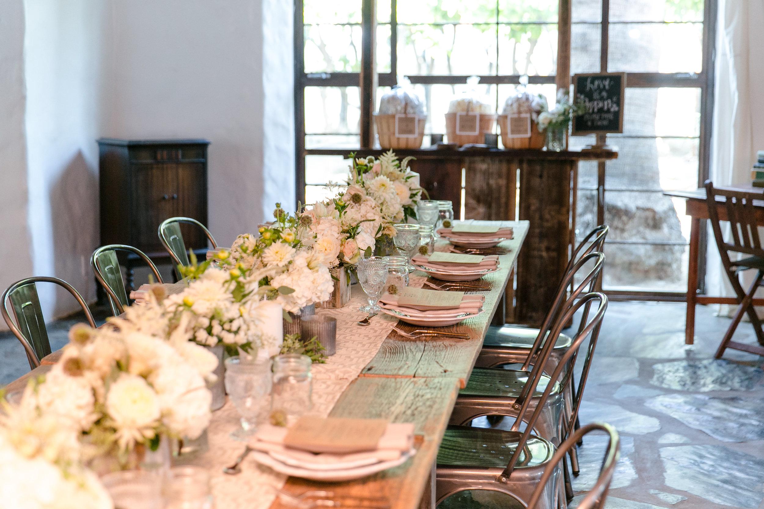 Rustic Romantic Tablescape | Michelle Garibay