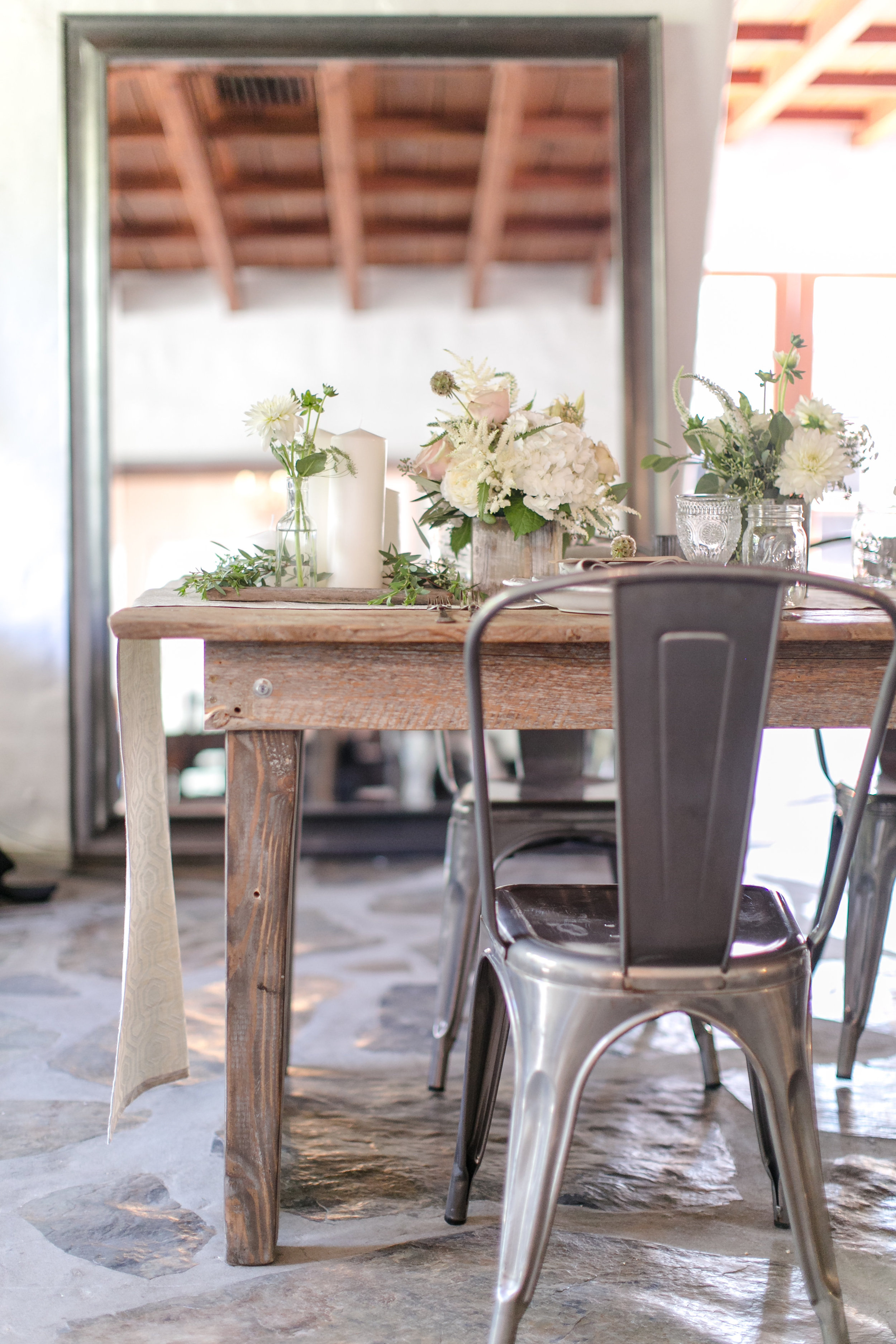 Industrial Rustic Tablescape | Michelle Garibay Events