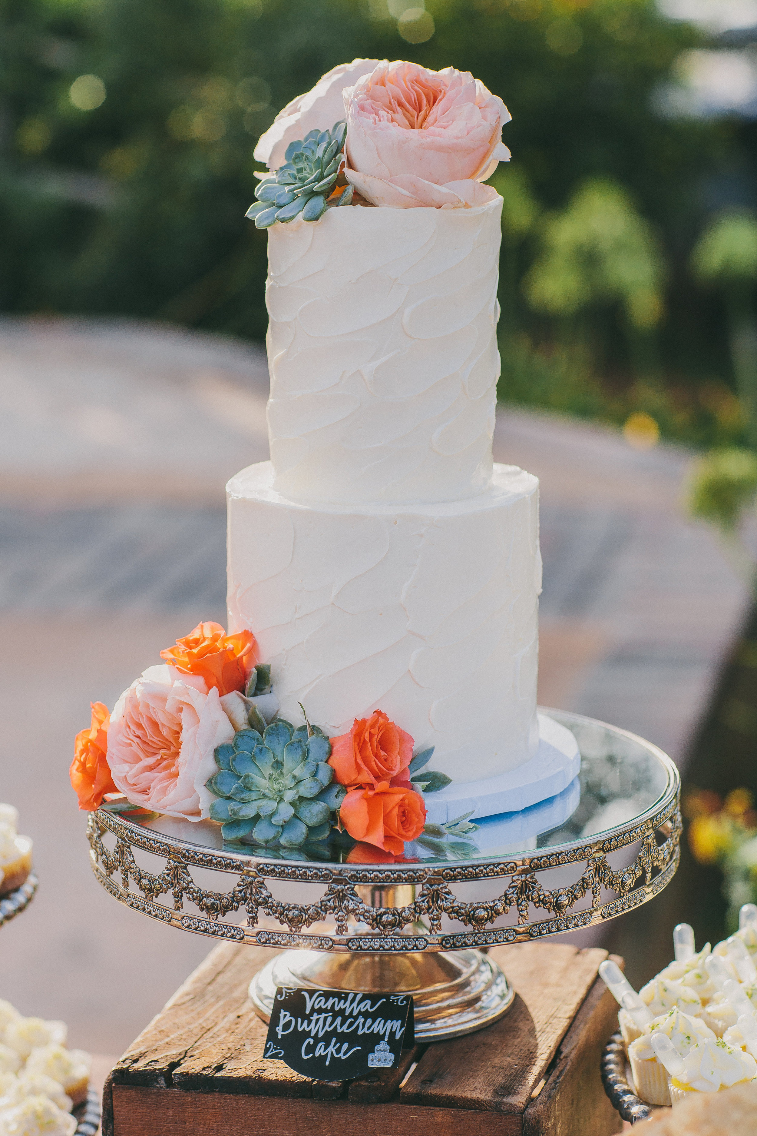 Rustic Orange Wedding Cake | Michelle Garibay Events