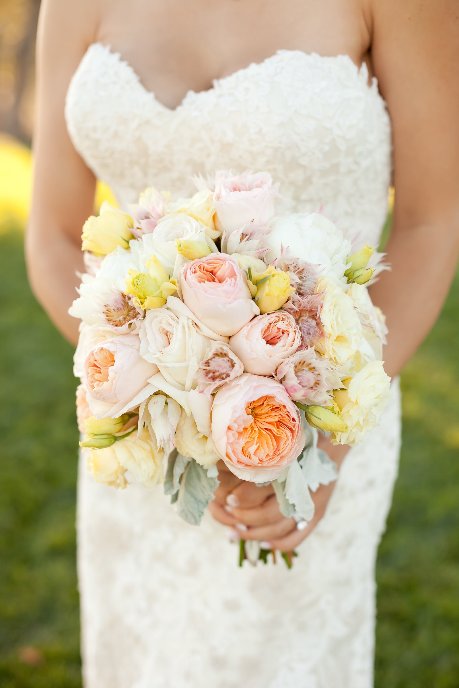 Pastel Yellow and Peach Bridal Bouquet | Michelle Garibay Events