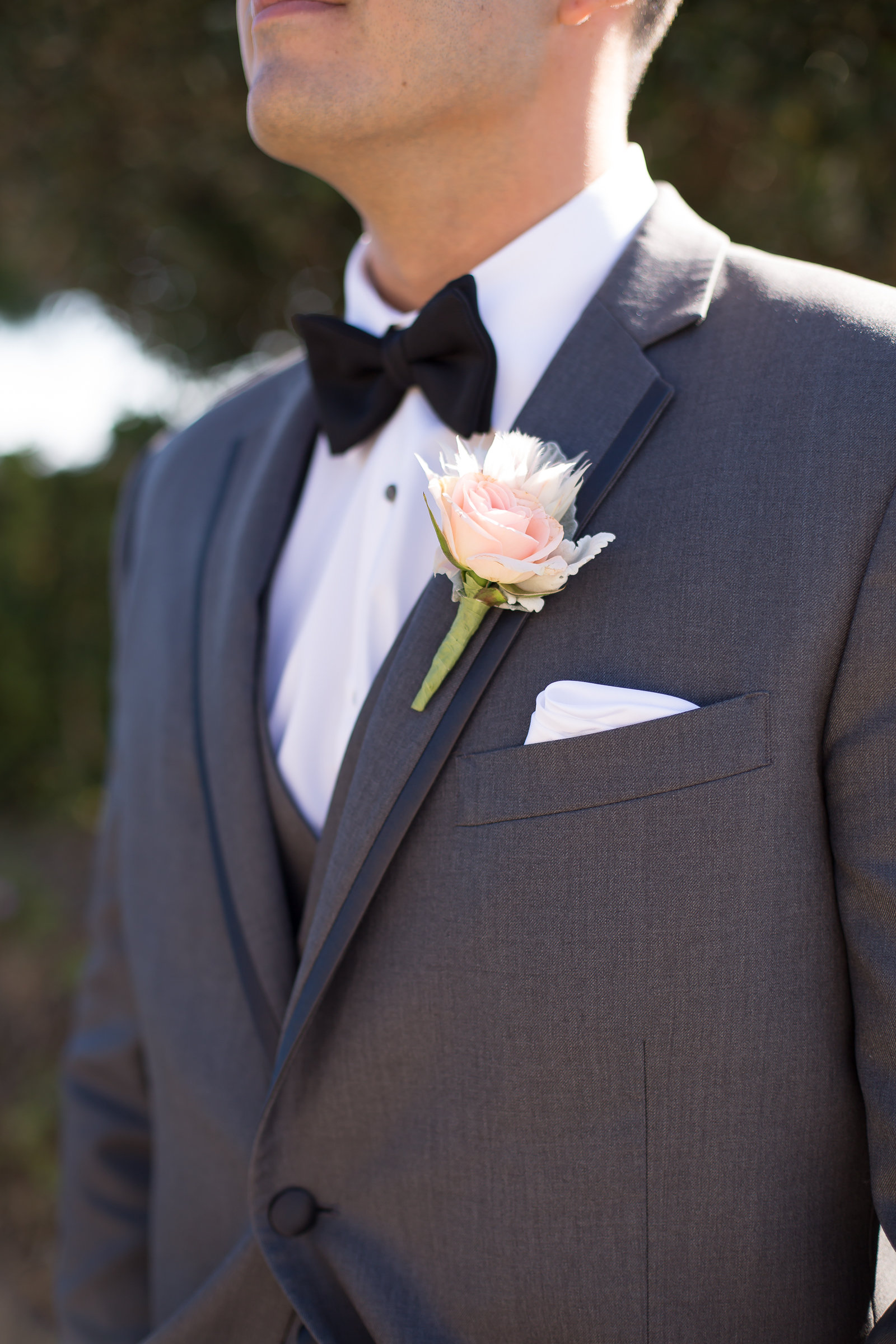 Pastel Boutonniere | Michelle Garibay Events