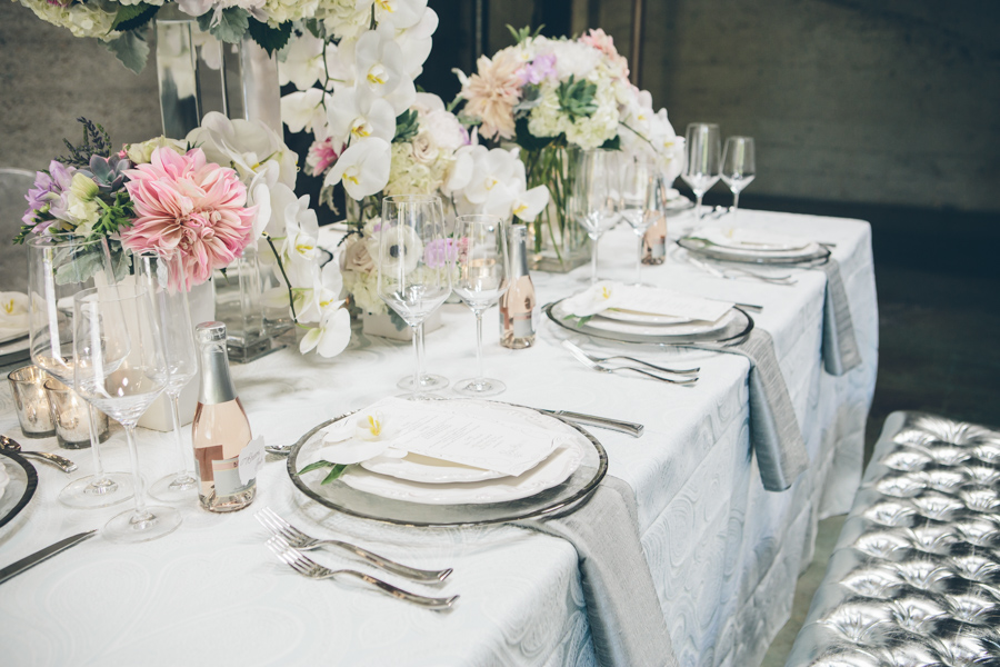 White and Gray Wedding Decor | Thomas Pellicer Photography | Michelle Garibay Events
