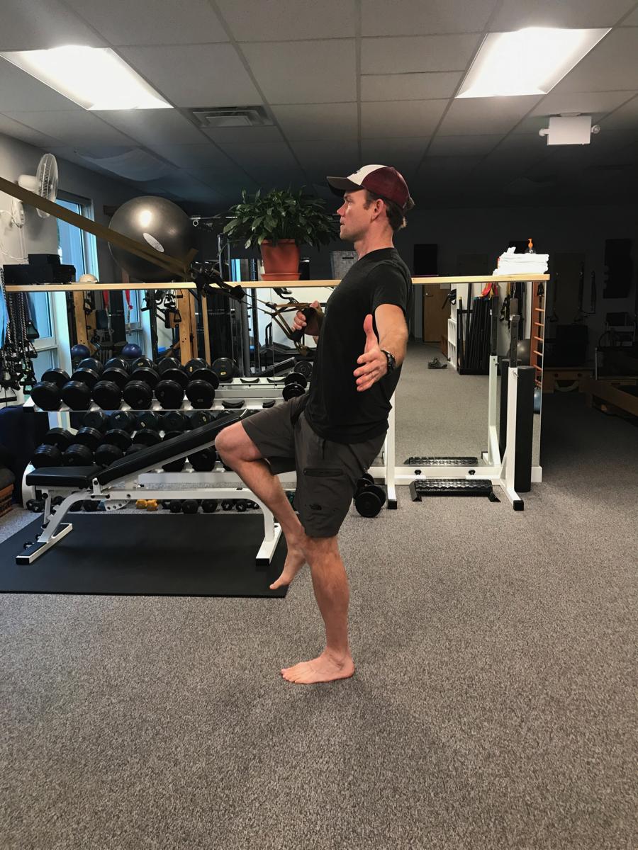 TRX-row-lunge-strength-training