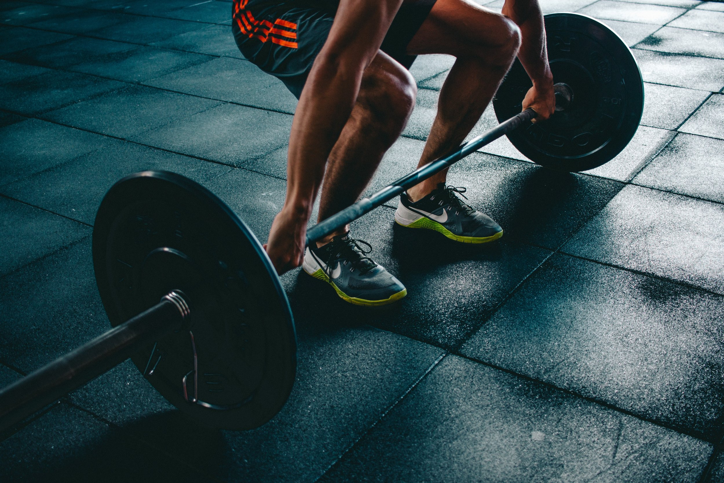 deadlift-straight-hex-bar-muscle-activation