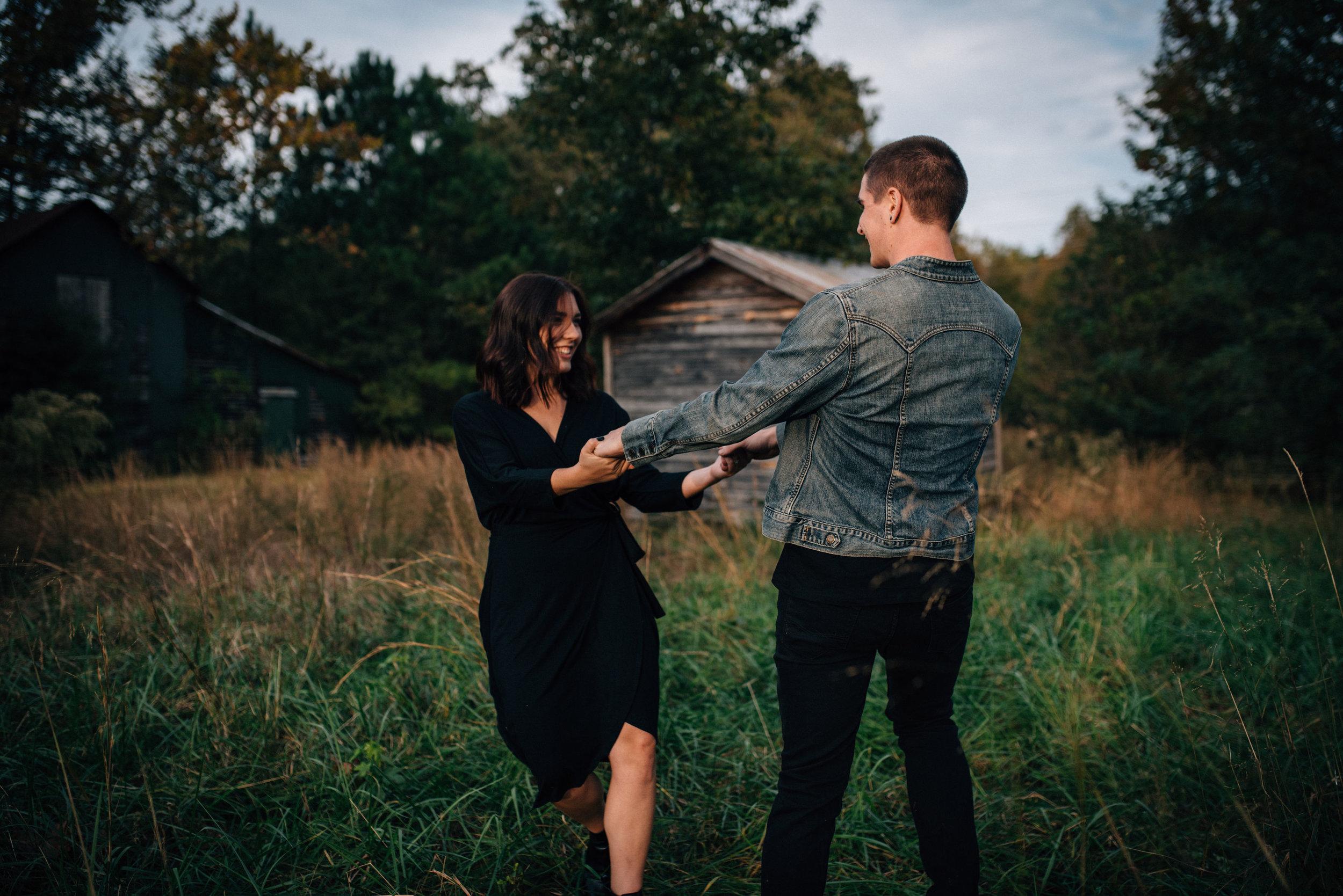 haunted halloween engagement shoot - halloween couple session - north carolina wedding photographer - raleigh wedding photographer