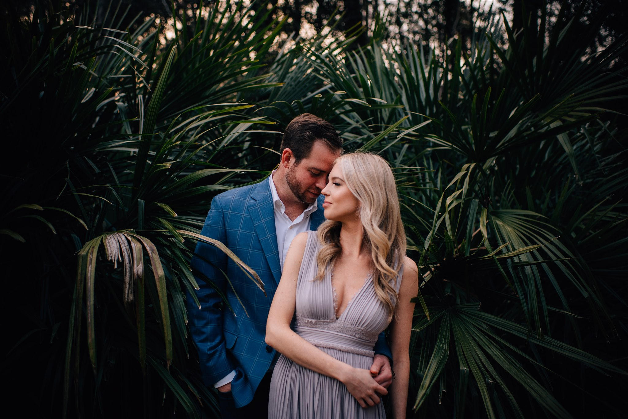 downtown raleigh engagement session - raleigh engagement - north carolina wedding photographer - raleigh wedding photographer