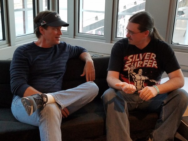 Kevin Sorbo & Neil Greenaway talking at Wizard World Des Moines 2016.
