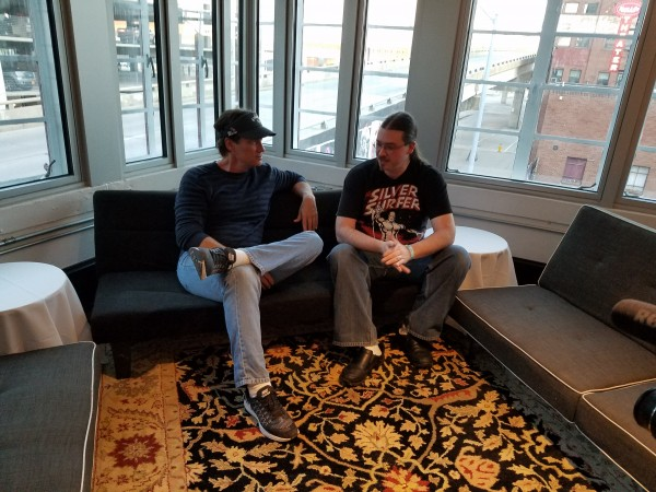 Kevin Sorbo & Neil Greenaway talking at Wizard World Des Moines 2016. (2)