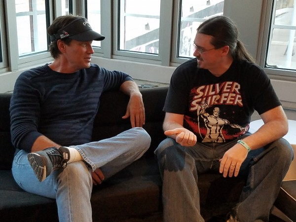 Kevin Sorbo & Neil Greenaway talking at Wizard World Des Moines 2016. (4)