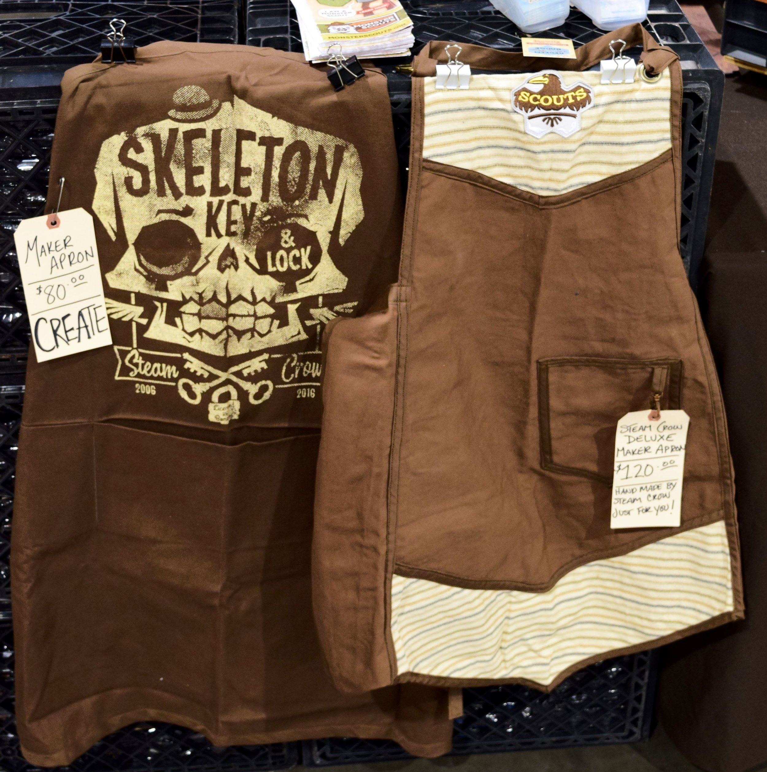 Steam Crow Maker Aprons at Phoenix Comic Con 2017.
