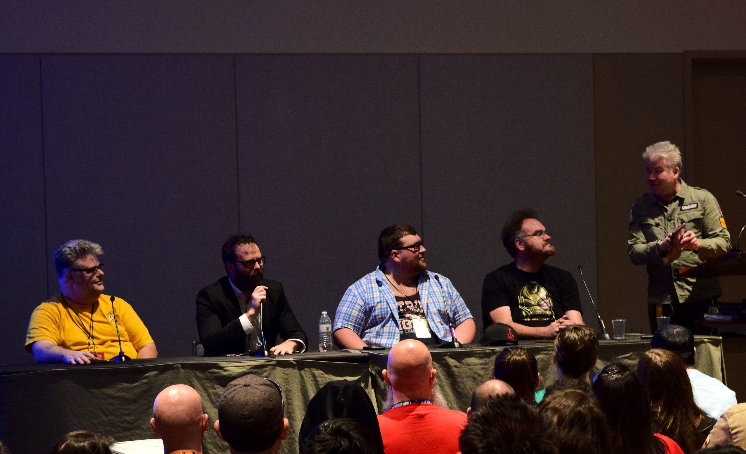 Paul Goebel, T.J. Chambers, Tommy Bechtold, Jon Schnepp, and Chris Gore in the Film Threat panel at Phoenix Comic Con 2017. (1)