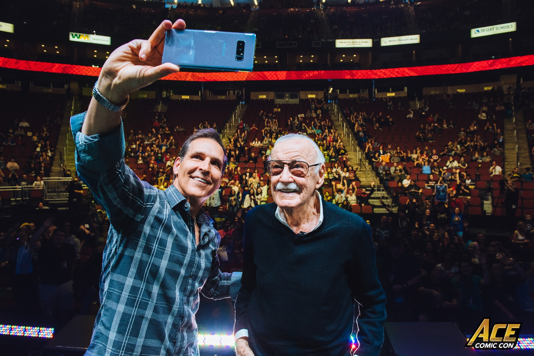 Todd McFarlane takes a selfie with Stan Lee at Ace Comic Con AZ.