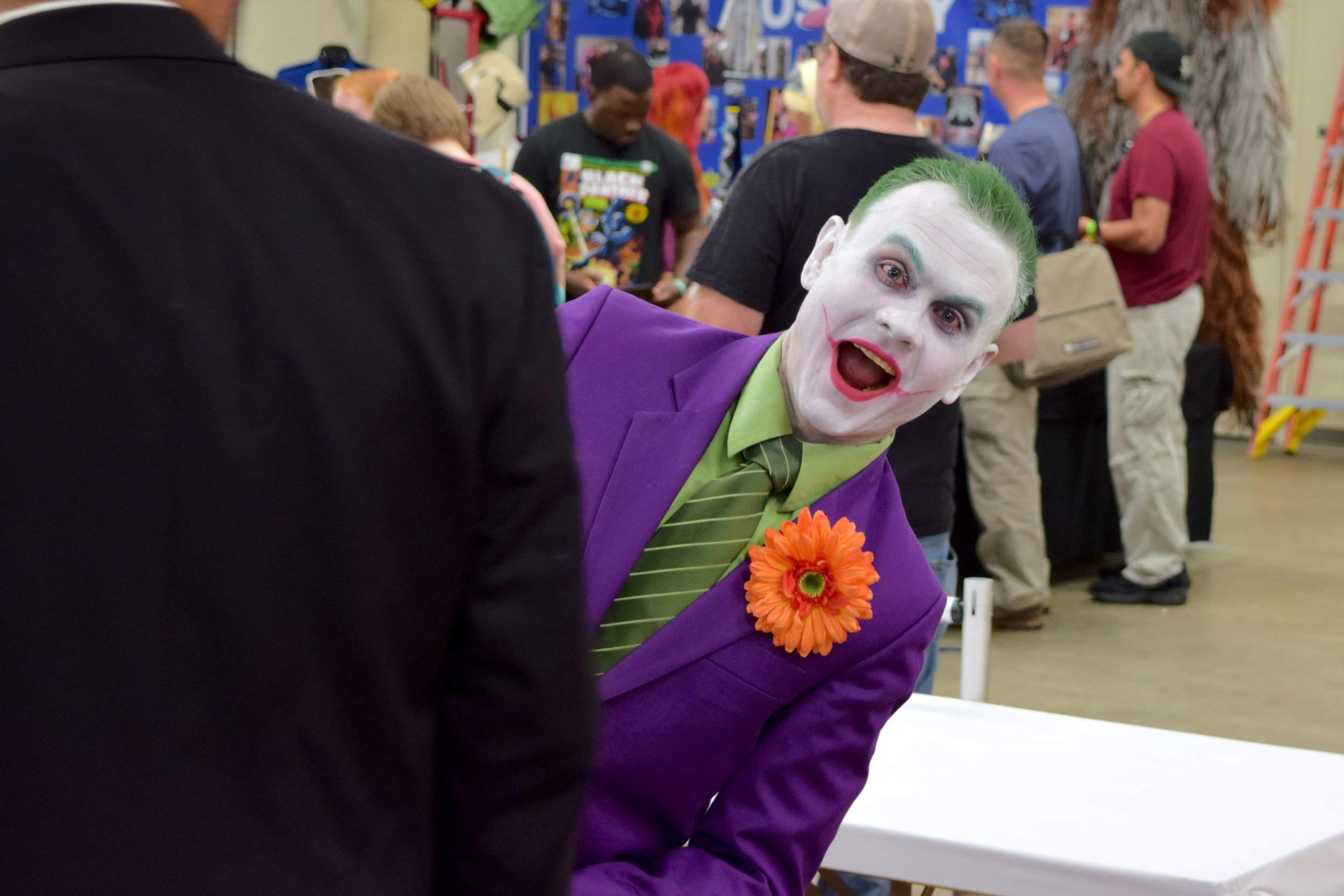 A Walk Around Wizard World Des Moines 2018 - With Cosplay & Convention Gallery   Photography by Maia Parish